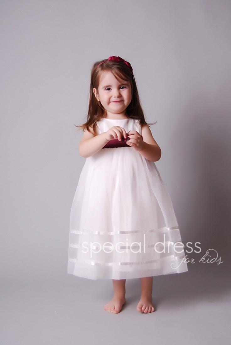 Slávnostné šaty pre družičku