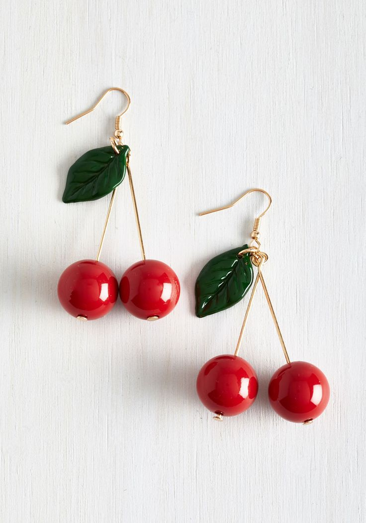 Drupe Hug Earrings - Red, Casual, Beach/Resort, Pinup, 50s, Good, Vintage Inspired