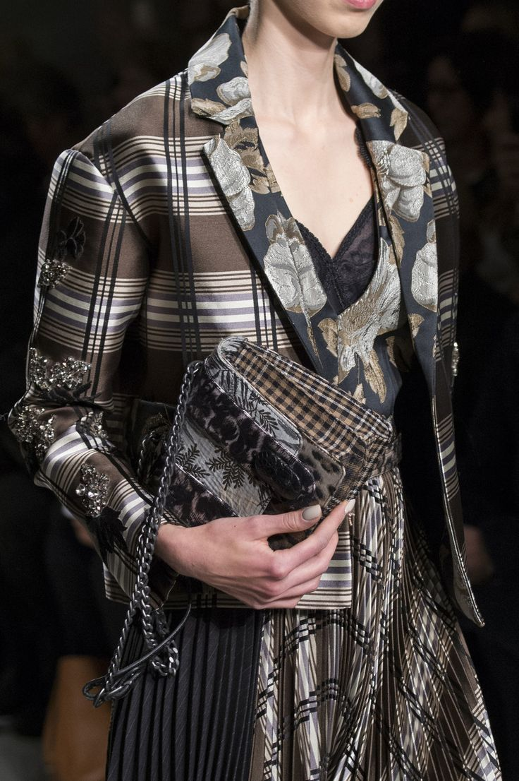Antonio Marras at Milan Fall 2017 (Details)