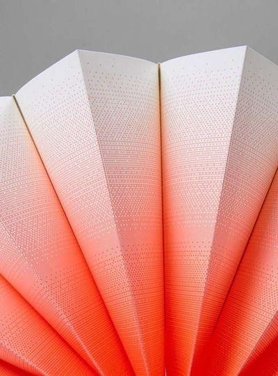 Plisse pocket - graphic pattern