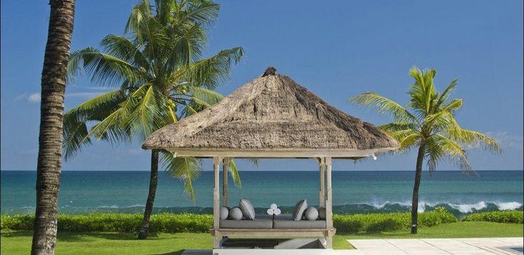 Beach Front villa in #Seminyak #Legian http://www.balilocations.com/fr/villas/seminyak/bvse187