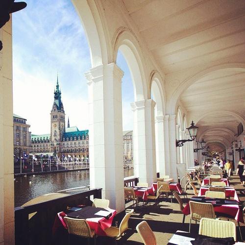 Hamburg, Rathaus, Alsterarkaden