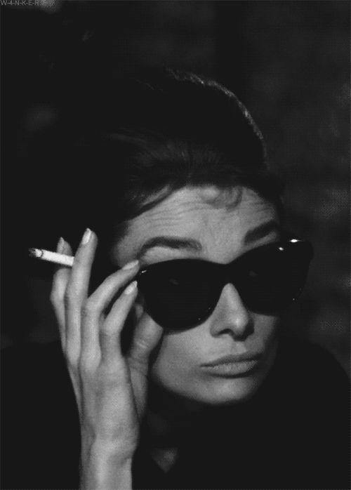 Fotos animadas de Audrey Hepburn.