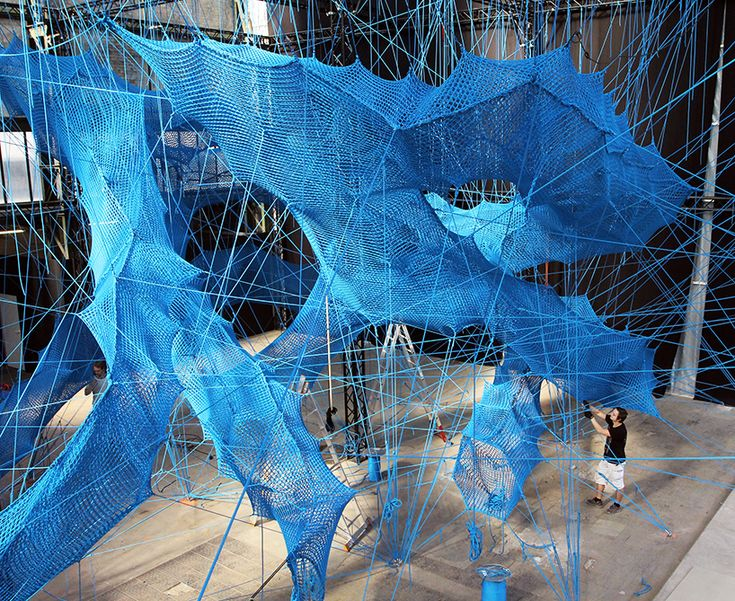 numen/for use constructs an inhabitable, centipede-shaped 'tube' in cologne