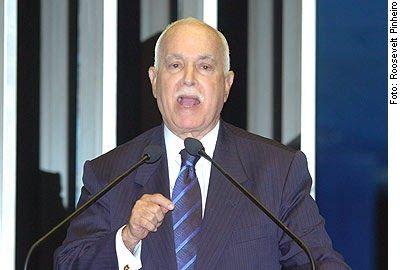 Transcrição do discurso de Antônio Carlos Magalhães contra Lula no Senado Federal, no dia 6 de junho de 2006. http://discursostranscritos.blogspot.com/