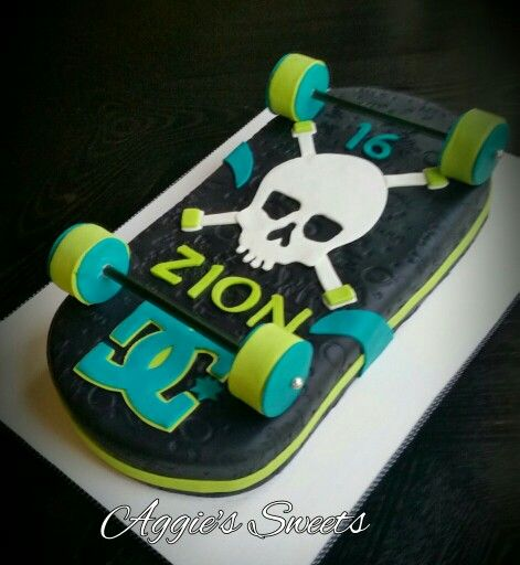 Best 20 Skateboard Cake Ideas On Pinterest