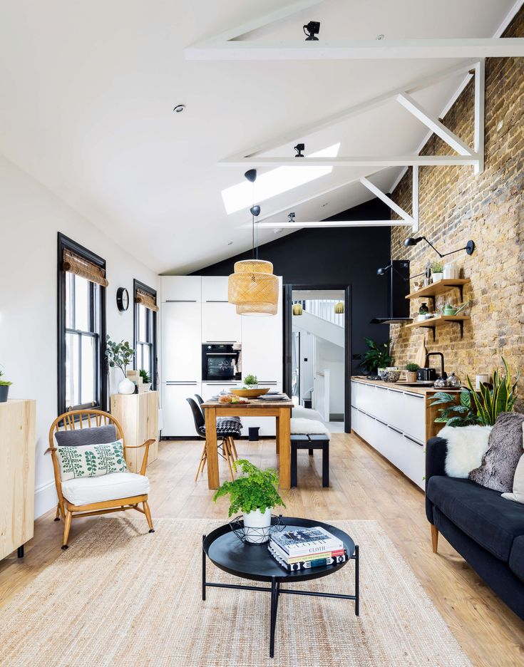 Real home: remodelling a loft-style maisonette