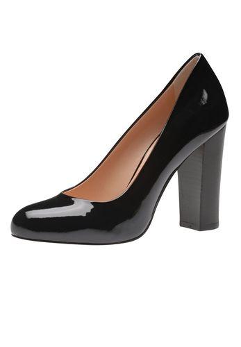 Klasse und Stil zeigen mit dem neuen Damenpumps aus italienischer Manufaktur von Evita. Edel schimmerndes Leder, eine robuste wie elegante Silhouette und ein bequemer Blockabsatz machen aus dem Modell den idealen Begleiter zu Kostüm, Anzug und Co für überzeugende Auftritte. Evita - Leidenschaft für italienische Schuhe und Accessoires