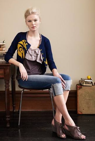 Cardigan and Capris Outfit: Love the color combo. Originally from Anthropologie: Blouses Combinations, Anthro Outfit, Capri Outfit, Blossoms Cardigans, Color Combos, Outfit Inspiration, Cute Cardigans, Cardigans Crop, Anthropologie Lik