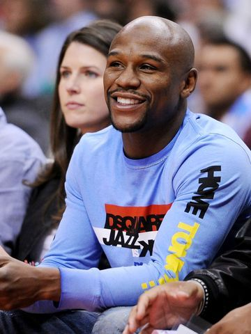 Floyd Mayweather Jr. 'very, very interested' in buying Clippers