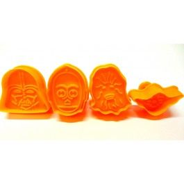 The kids will love this set of Star Wars cookie cutters. Comes in a set of four, great for sandwiches and playdough too.  www.cheekychuckles.com.au