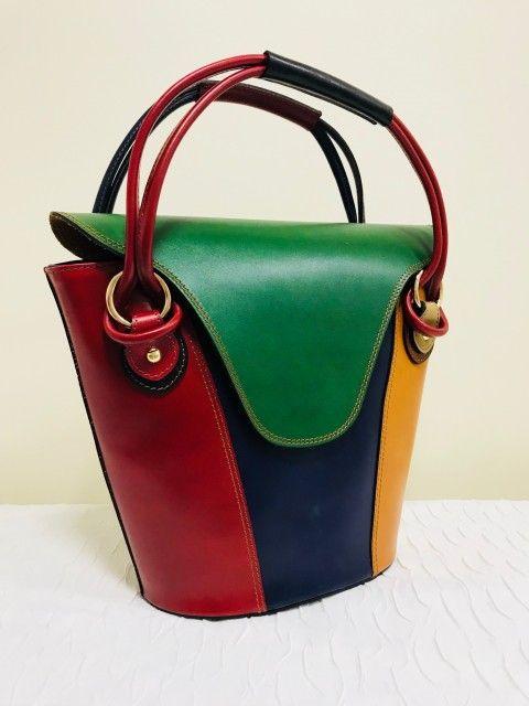 7a8a80685b Extravagáns színes vödör bőr táska zöld - Orsi Outlet | My Style ...