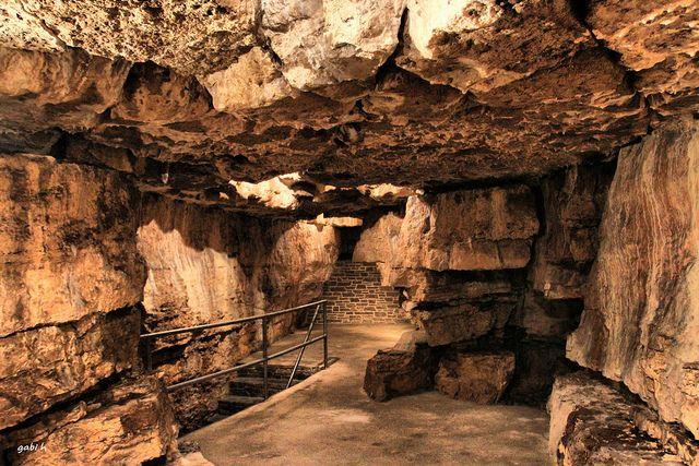 Tyendinaga Caves. I'm stopping here again when I hit up Sandbanks!