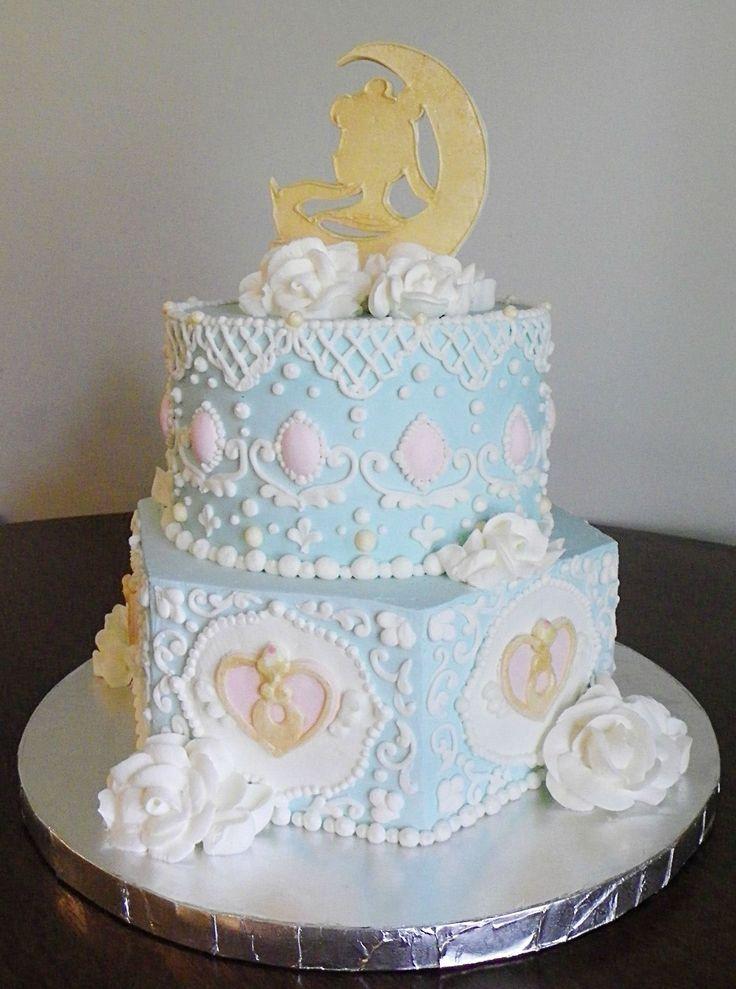 ドリーミ ィミント | Rococo Sailor Moon Cake by CakeforReddit