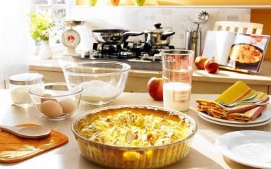 semplicità in cucina. cent'anni d'esperienza per aiutarvi a preparare al meglio i vostri piatti