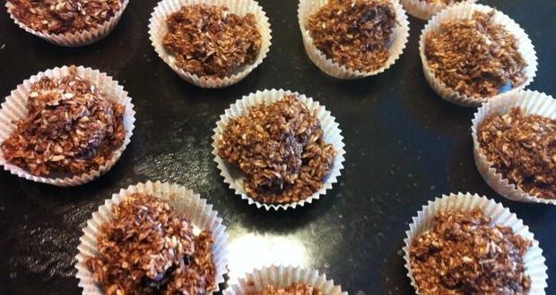 Choklad kokostoppar (sötade med dadel)