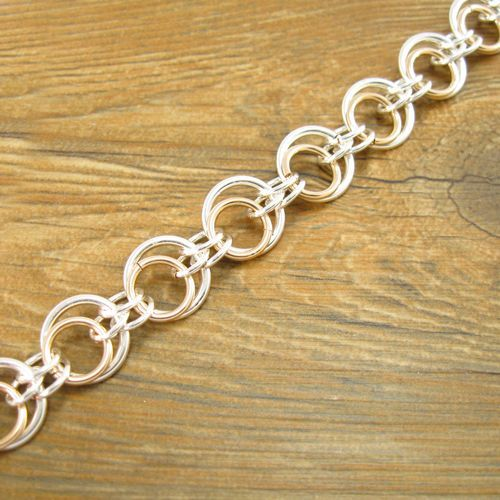 Free tutorial Eclipse Jump Ring Chain. Looks great as either necklace or bracelet. Use short length as earrings.