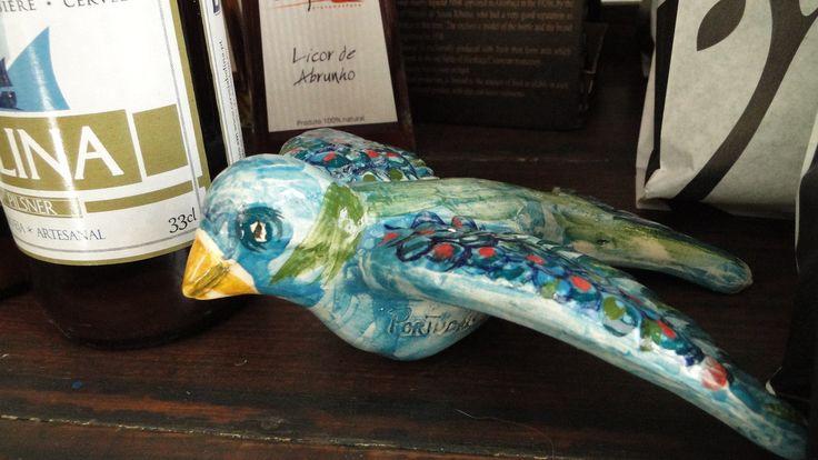 Pássaro em cerâmica. Artesanato português.