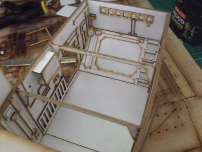 Limited Edition Warhammer models: Warhammer papercraft model - scratch build - Thunderhawk Gunship