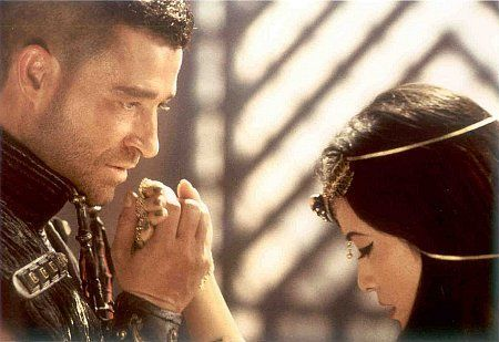Kelly Hu and Steven Brand in The Scorpion King (2002)