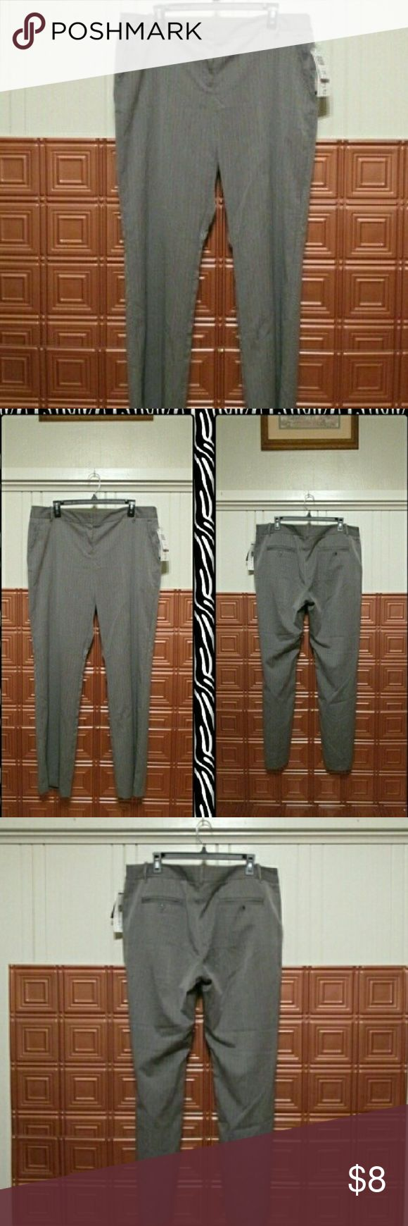 Women's Plus Size Trousers Reposh. Narrow through the hips. Low Rise with pin stripes Pants Trousers
