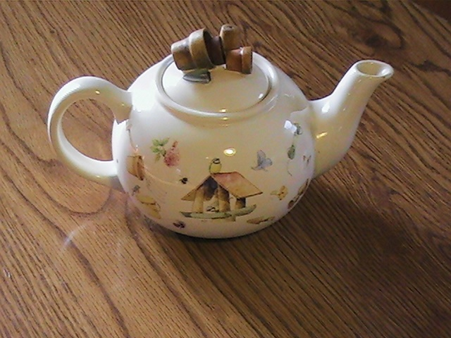 Collectible Garden Tea Pot Marjolein Bastin Marjolein