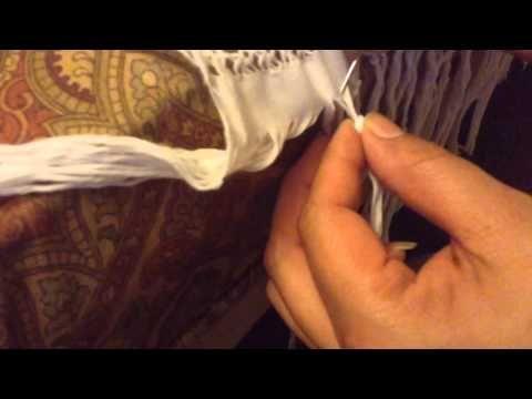 Como hacer flecos de un reboso - YouTube