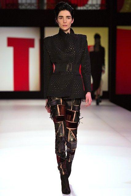 Jean Paul Gaultier - www.vogue.co.uk/fashion/autumn-winter-2013/ready-to-wear/jean-paul-gaultier/full-length-photos/gallery/948189