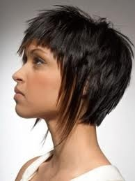 corte- pelo corto e irregular -: Hair Ideas, Pixie Haircuts, Short Haircuts, Hairstyles, Hair Styles, Hair Cuts, Shorts, Medium Hairstyle, Beauty