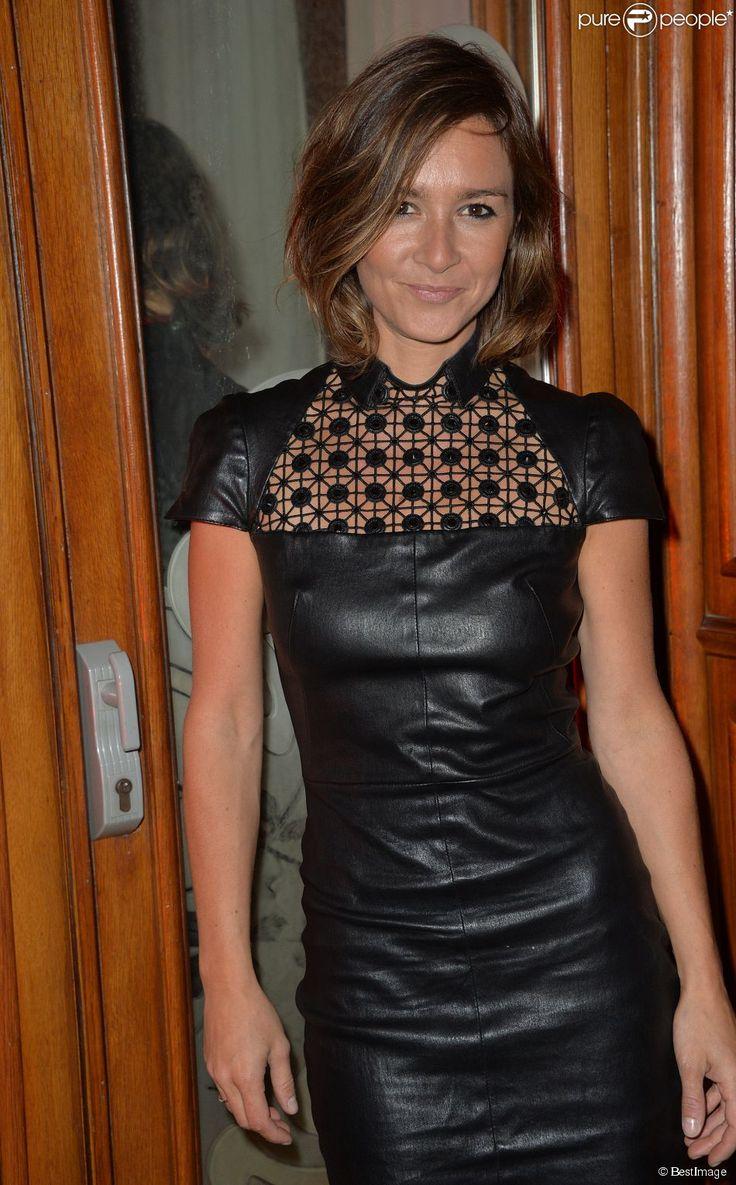 """ADDED 2016-10-07 :  Emmanuelle Boidron - Cocktail de lancement du livre """"Garde-Robes"""" de Nathalie Garçon à l'Hôtel Régina à Paris, le 13 octobre 2014."""