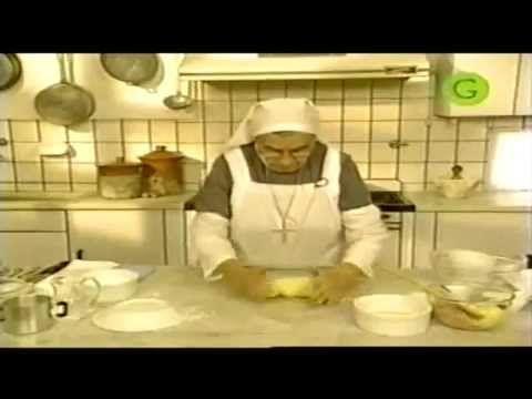 ARROLLADITOS  BOCADITOS  PARTE I.   Arrolladitos y bocaditos de la Hermana Bernarda - Parte 1 de 2
