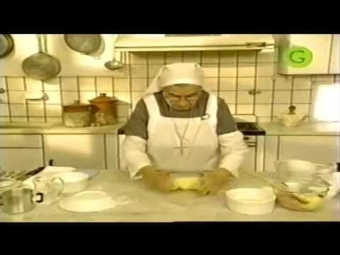 Arrolladitos y bocaditos de la Hermana Bernarda - Parte 1 de 2 - YouTube