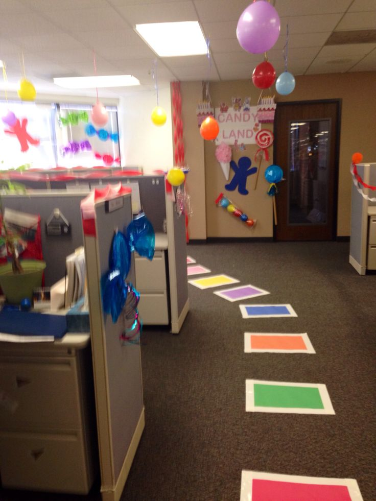 Candyland creative cubicle decorations pinterest for Cubicle theme ideas