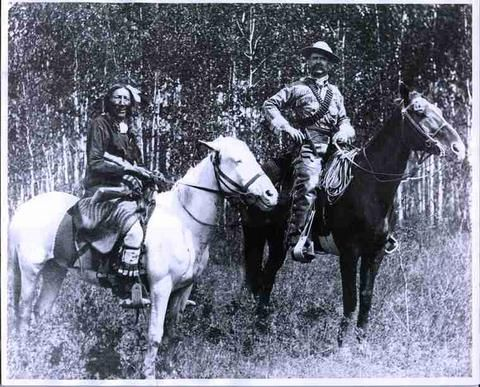 Gentleman Joe McKay and Mistawasis on Horses - SAIN Photographs