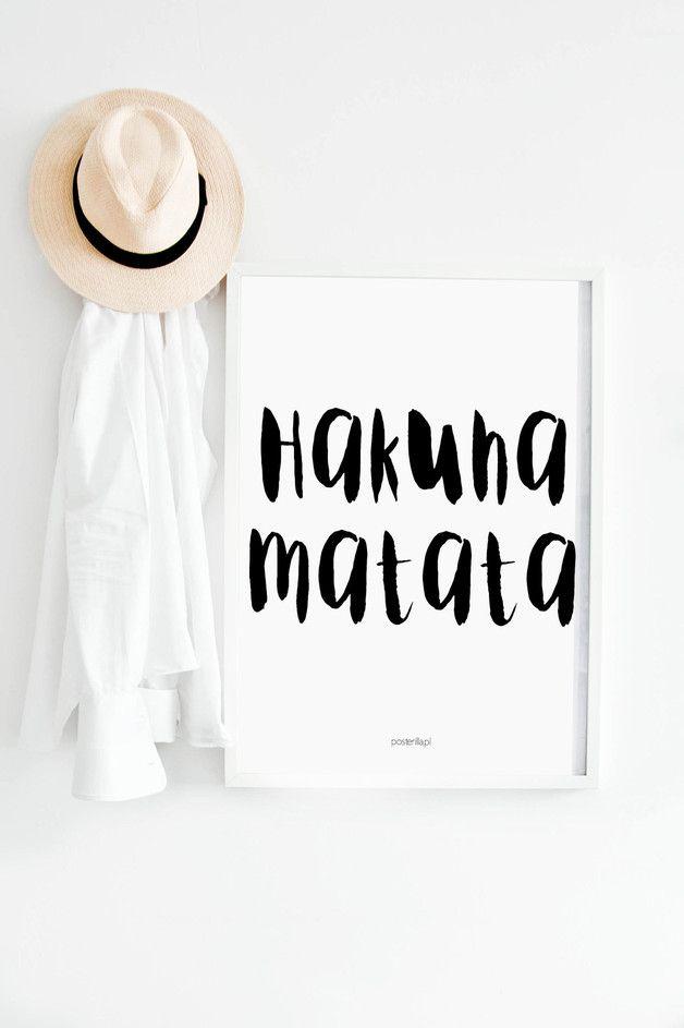 Plakat z napisem: Hakuna Matata - posterilla - Dekoracje ścienne