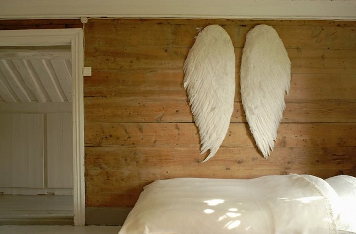 the dreamiest of bedrooms.Nature Wood, Angel Wings, Little Girls Room, Sweets Dreams, Wooden Wall, Baby Room, Bedrooms, Angels Wings, Wood Wall