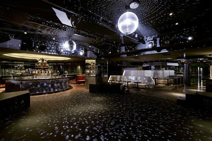 Noth Platinum Disco by ZYCC, Osaka