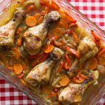 Kuřecí paličky na zelenině