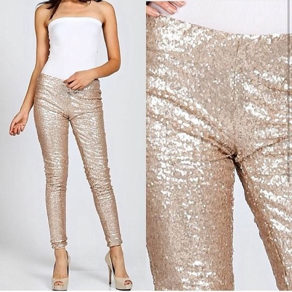 🎉HOST PICK!🎉💫Gold sequin leggings!💫 🎉HOST PICK! Shimmer & Shine 1-19-15!🎉Size Small! Gold sequin leggings are a must have staple piece this year!!! Turn some heads ladies!!! Pants Leggings
