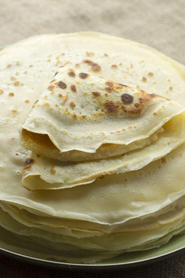 THERMOMIX crêpes 125 gr. de harina; 250 gr. de leche; 1 huevo; 1 cucharada de aceite de oliva virgen extra; 1 pellizco de azúcar; 1 pellizco de sal; mantequilla para engrasar la sartén. 1). Ponemos todos los ingredientes en el vaso del Thermomix y programamos 20 segundos, velocidad 4. Dejamos reposar la masa comó mínimo 20 minutos.