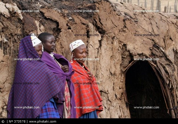 http://www.photaki.com/picture-masai-women_373578.htm
