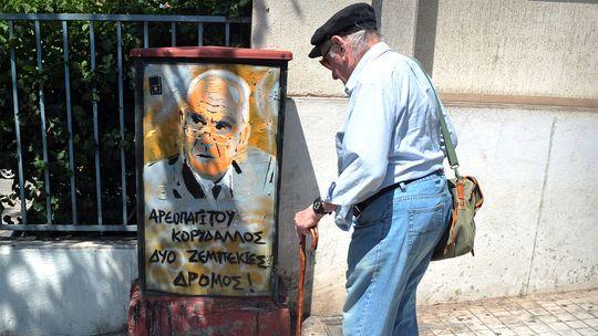 Griechenland unternimmt nach einer Untersuchung von Transparency International nicht genügend gegen Korruption. Die Bestechlichkeit ist dort so hoch wie in Kolumbien.