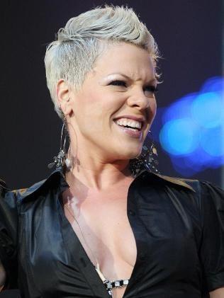 Surprising 1000 Ideas About Singer Pink Hairstyles On Pinterest Meg Ryan Short Hairstyles Gunalazisus