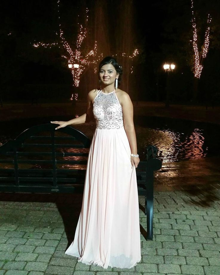Prom was a long time ago, but I'll continue doing throwbacks cuz why not. ☺…