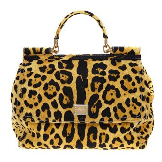 This Cheetah Print Tote Bag is a purrrfect pop of colour for winter #LFW #MaxMyStyle