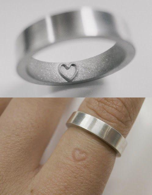 SUPER SELEÇÃO DE ALIANÇAS DE CASAMENTO CRIATIVAS PARA SAIR DA MESMICE #alianças #weddingring #aliançadecasamento #casamento #alianca #anel #noivos