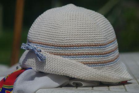 chapeau pour fille au crochet