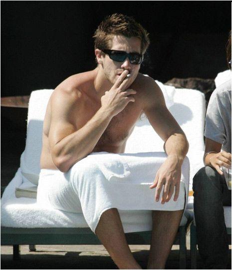 Jake Gyllenhaal Smoking