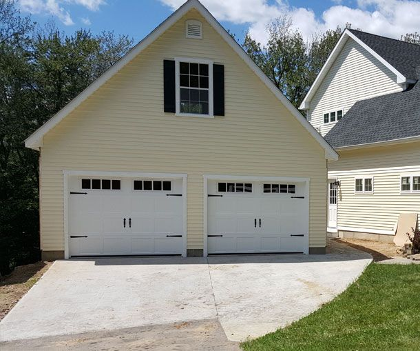 One Car Garage With Lap Siding 69471am: 137 Best Images About Garages By Kloter Farms On Pinterest