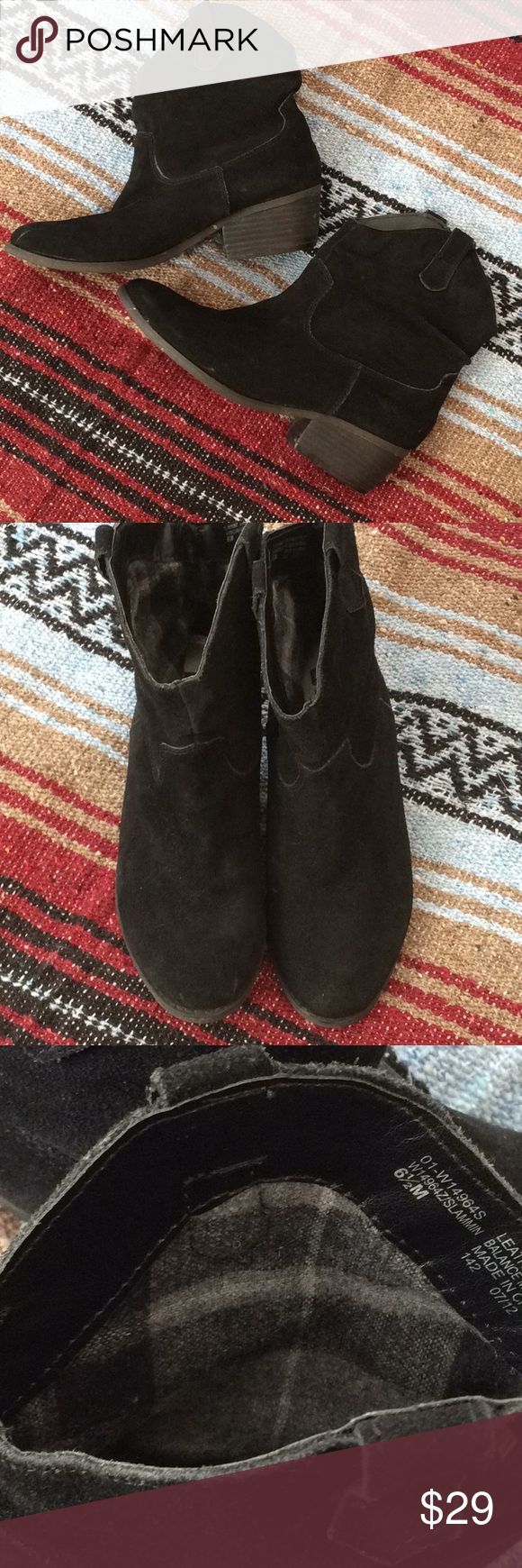 WM black suede leather booties Cute cowboy 🤠 booties that can be with any outfit to go in all seasons! Style: Slammin, awesome condition and a long, long life ahead! White Mountain Shoes Ankle Boots & Booties